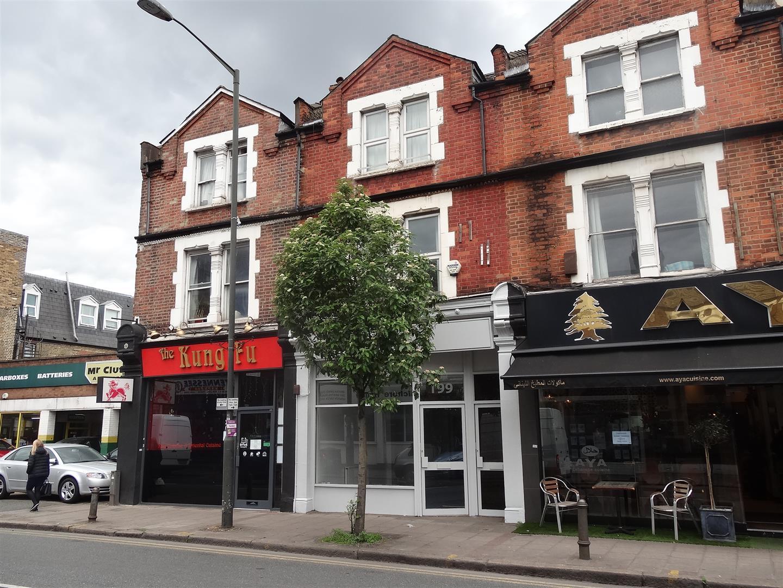 Merton Road, London - Andrew Scott Robertson